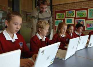 Use of Technology In The Classroom and its benefits