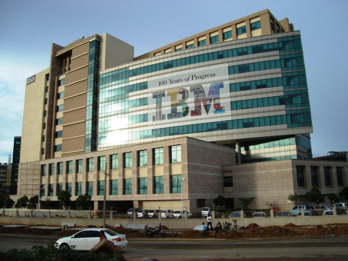 IBM Opens Up its Quantum Computing System with the Release of a New API